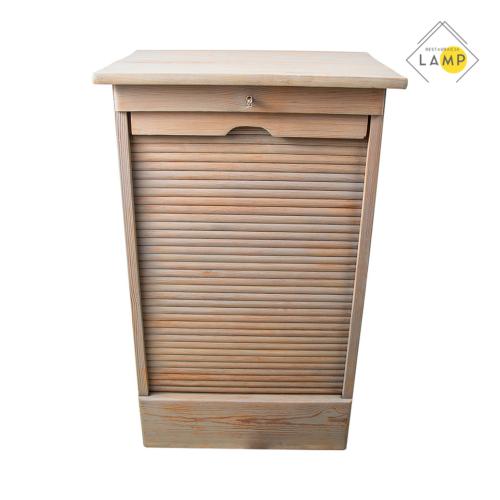 szafka zamykana, lampy i meble z obiektów przemysłowych i medycznych