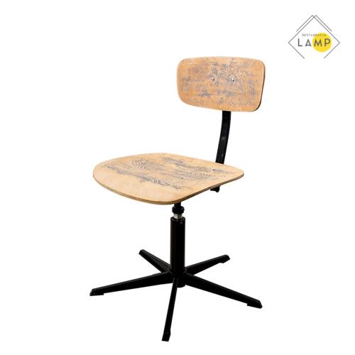 krzesło obrotowe ozdobione, meble przemysłowe, krzesło, szafa, szafka, stół, stoły, taborety, krzesła, fotele, industrial art, vintage furniture, warsztat