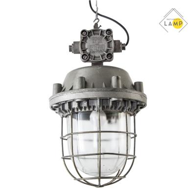polska lampa przeciwwybuchowa, lampy i meble z obiektów przemysłowych i medycznych