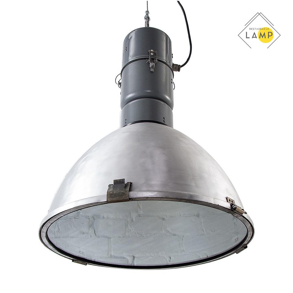 Duża lampa przemysłowa